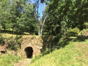 Pont romain dans le parc