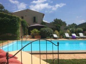 location villa provence avec piscine