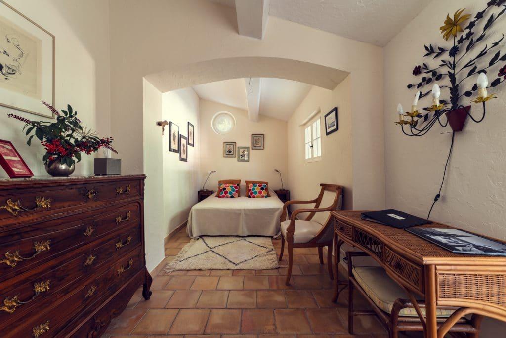 Villa Fontane Provence triple bedroom