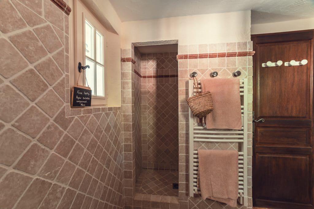 Villa Fontane ensuite bathroom